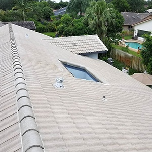 Pressure-Free-Roof-Cleaning image 2